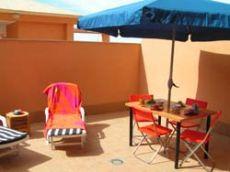 Apartamento de playa con terraza soleada