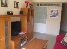 Moderno y c�modo piso amueblado para una persona o pareja