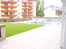 Apartamento de un dormitorio con piscina