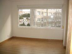 Luminoso piso total y recientemente reformado