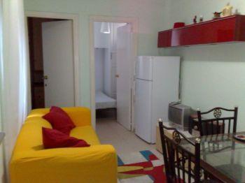Piso coqueto de 2 habitaciones en Madrid foto 0