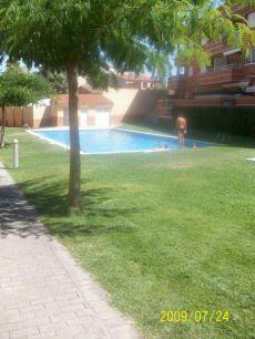 Atico duplex con piscina y squash Muy bonito