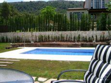 Preciosa villa con parcela y piscina privada