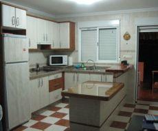 Apartamento en Estepona, dos dormitorios y jardin