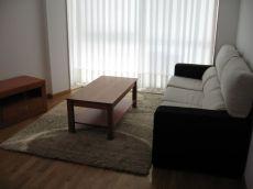 Piso en muy buen estado en o Milladoiro. 3 dormitorios.