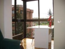 Particular. Apartamento en Oviedo. Vistas Parque Invierno