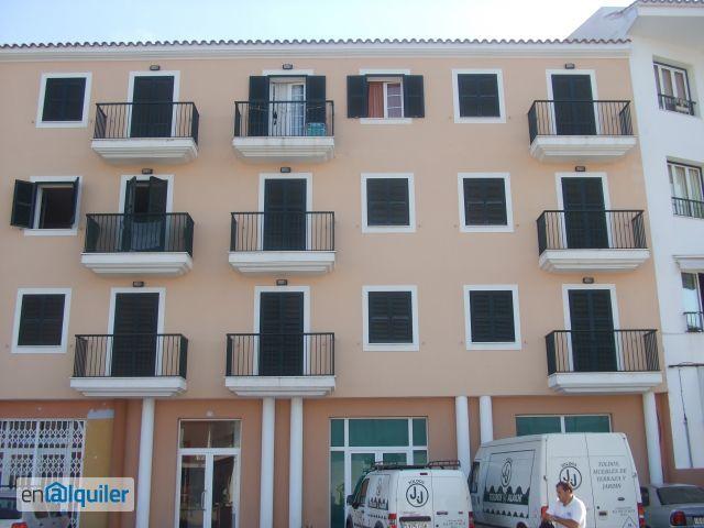 Apartamento amueblado foto 0