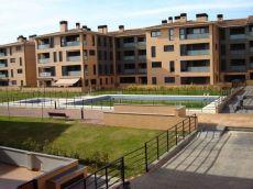 Apartamento nuevo con piscina