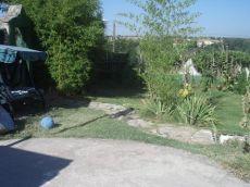 Apartamento abuhardillado independiente con jardin compartid