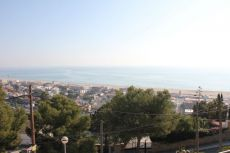 Casa alquiler 200m2, 5 hab. Castelldefel