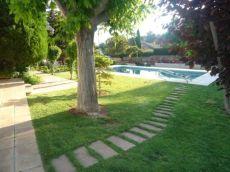 Chalet de 300m2 con piscina Monasterios