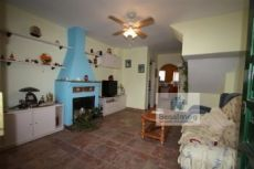 Casa adosada, 2 salones, 2 dormitorio,