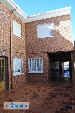Piso de 3 habitaciones en Colmenarejo foto 0