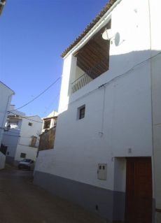 Casa Planta Baja en Alquiler en Zarra