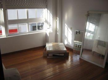 Piso de 2 dormitorios sin amueblar con terraza foto 0
