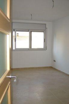 Piso de dos habitaciones con patio.