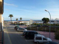 Piso muy soleado en zona Port Marina