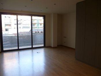 Apartamento de 35 metros totalemente reformado foto 0