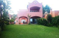 Villa en Puerto Ban�s