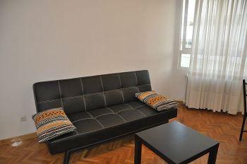 Alquilo piso de 1 dormitorio con muebles junto a calle mayor foto 2