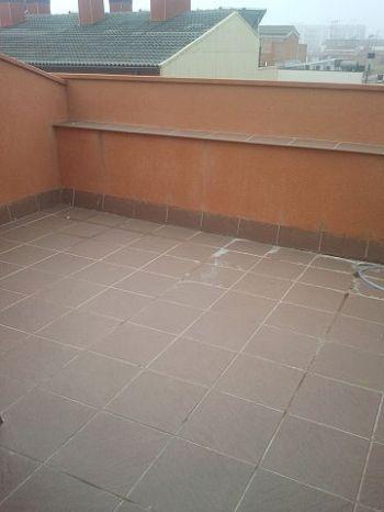 Atico duplex de 3 hab con terraza y plaza de p�rquing foto 1