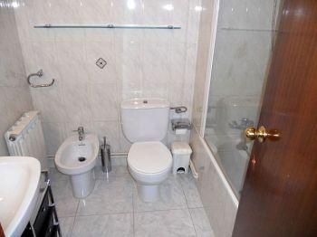 Alquiler piso calefaccion y ascensor Lleida foto 2