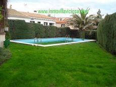 Piso en urb privada con piscina con terraza