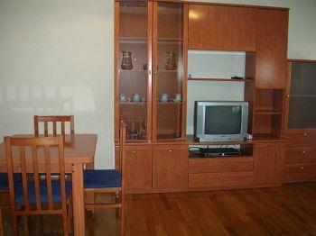 Piso en felisa munarriz de 3 habitaciones,2 ba�os con garaje foto 1