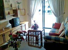 Amplio y soleado apartamento en complejo estupendo.