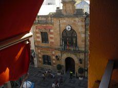 Piso en calle Convento. Esquina ayuntamiento