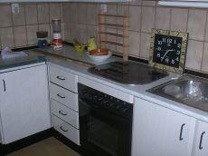 Estupendo piso de 2 dormitorios 390 euros comunidad incluida