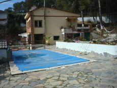 Piso en mas mila con zona comun con piscina y jardin
