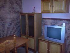 Apartamento de 1 dormitorio en buen estado, semicentro.
