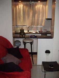 Particular alquila estudio amueblado c�ntrico en Zaragoza
