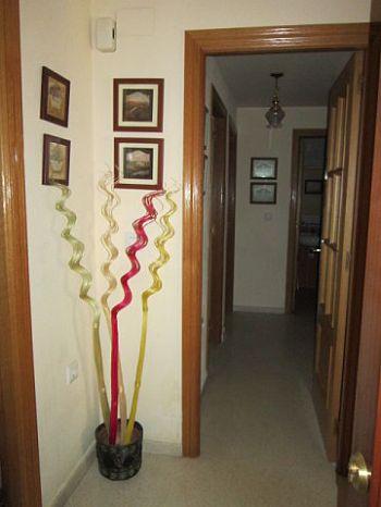 Piso amueblado en Pl. Virgen de Botoa foto 2