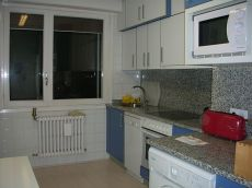Piso en san juan de 4 habitaciones,2 ba�os, sal�n y cocina
