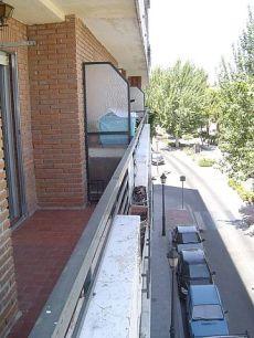 Piso en Paseo del Alparrache, junto Plaza de Toros