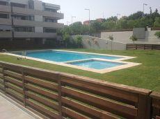 Exclusivo atico d�plex con terraza piscina y p�del