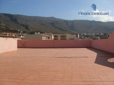 C�ntrico, balc�n, lavadero, garaje. Valle San Lorenzo