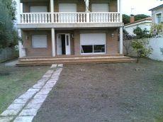 Casa a 4 vents devant del mar