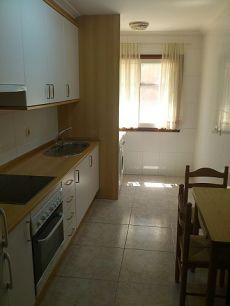 Amplio apartamento amueblado en el centro de Vigo.