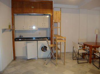Apartamento amueblado de 1 dormitorio foto 2