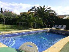 Chalet con piscina propia