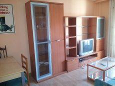 Vivienda de tres dormitorios junto avenida Villamayor