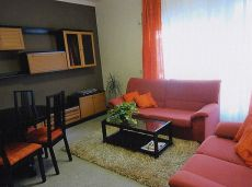 Figueres, piso 2 habitaciones , todo exterior , soleado