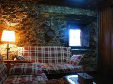 Coqueta casita de piedra