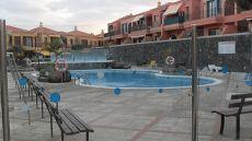 Piso en residencial, terraza, piscina, garaje