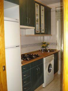 Apartamento con muebles 325 euros
