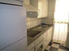 Piso 2 dormitorios 1 a�o Centro peatonal de Huelva