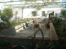 Bonita casa con terraza